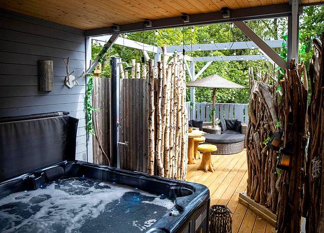 chambre d'hôte avec jacuzzi privatif et sauna province du luxembourg cosy chalet wellness
