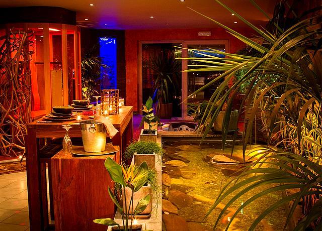 hotel et chambre avec jacuzzi privatif hainaut o bois zen