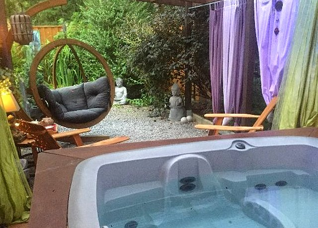 gite jacuzzi privatif luxembourg belgique romantica exotica erezee